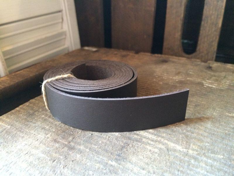 画像1: 革テープ(ダークブラウン) 2cm幅×140cm カット済み